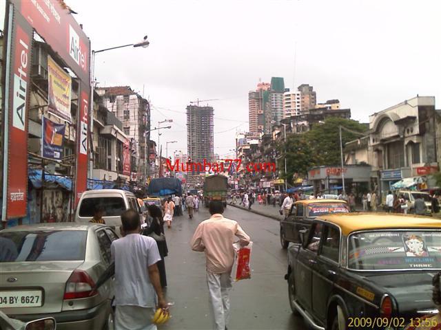 Busy Streets Of Mumbai City (INDIA)