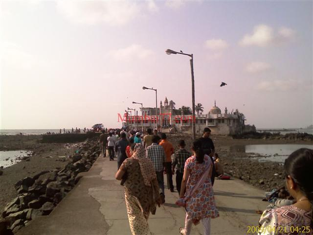 The Pathway Road Leading Haji Ali