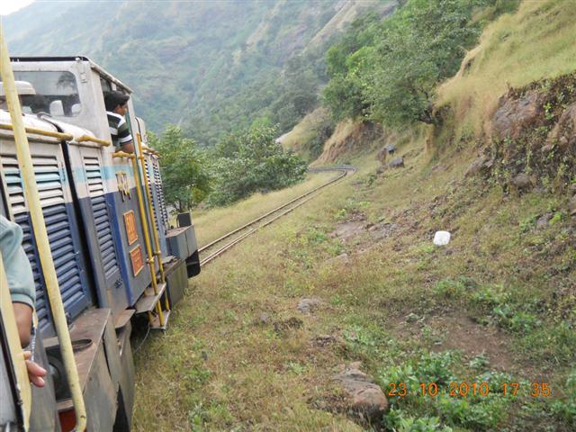 Zigzag Train Ride