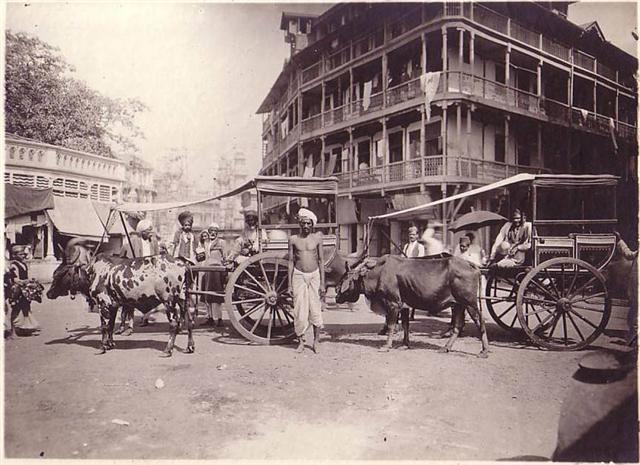 Old Mumbai Streets