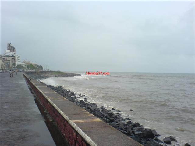 Worli Sea Face in Monsoon
