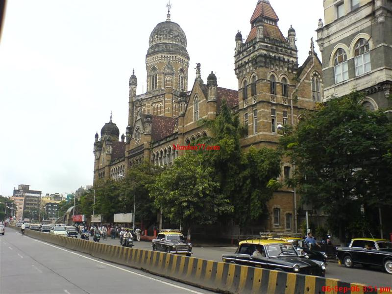 Old CST Building and Churchgate are not very far