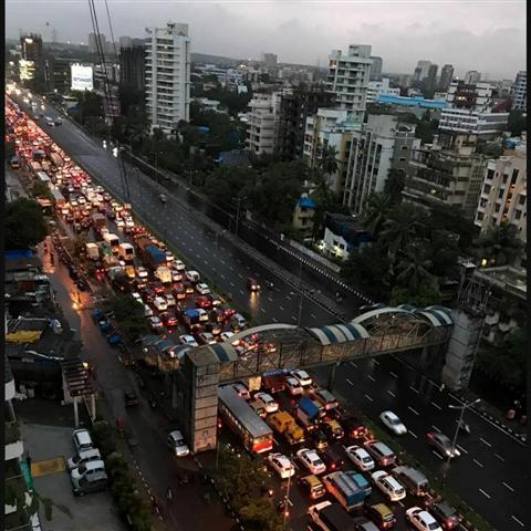 Mumbai Highway Traffic During Monsoon Season