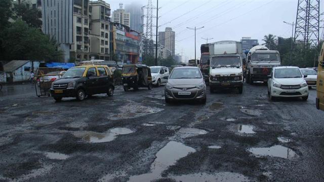 The Evergreen Potholes of Mumbai