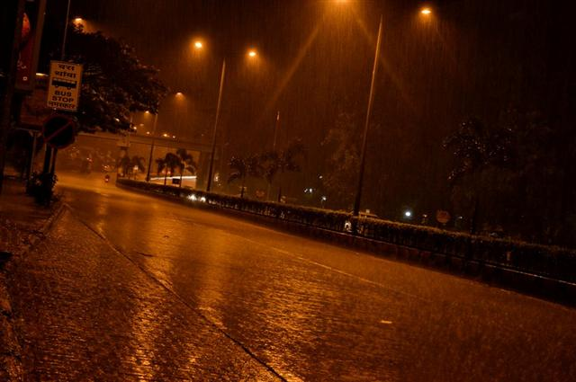 Mumbai Monsoon Pictures Flooding And City Real Life Rain