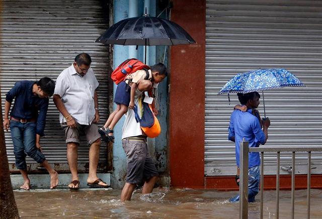 Discomfort of Rains to School Kids