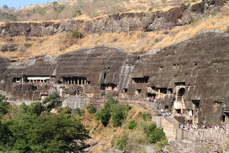 Ajanta ellora caves day picnic to historic caves near mumbai for Ajanta indian cuisine