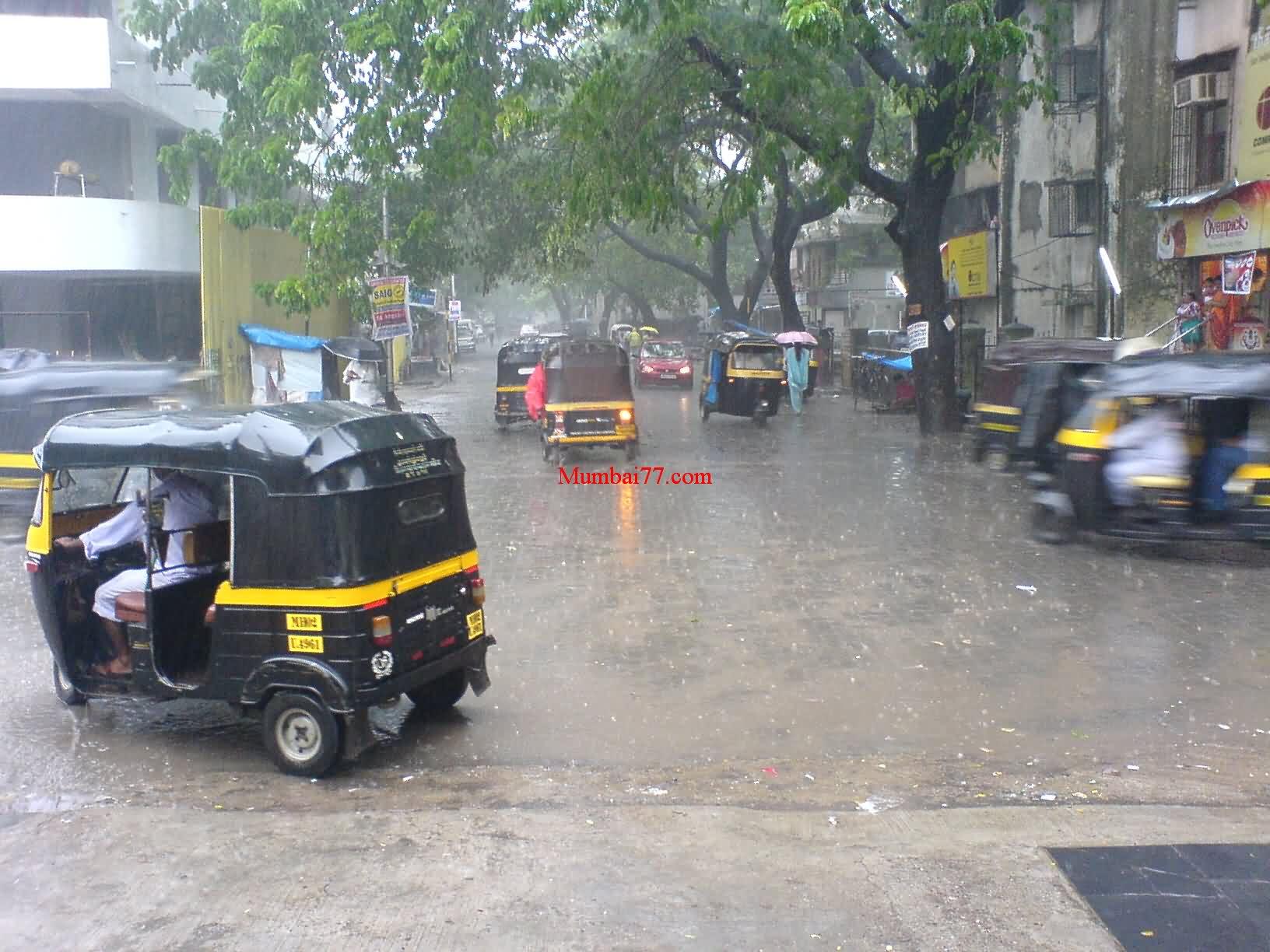 Mumbai Monsoon Street View