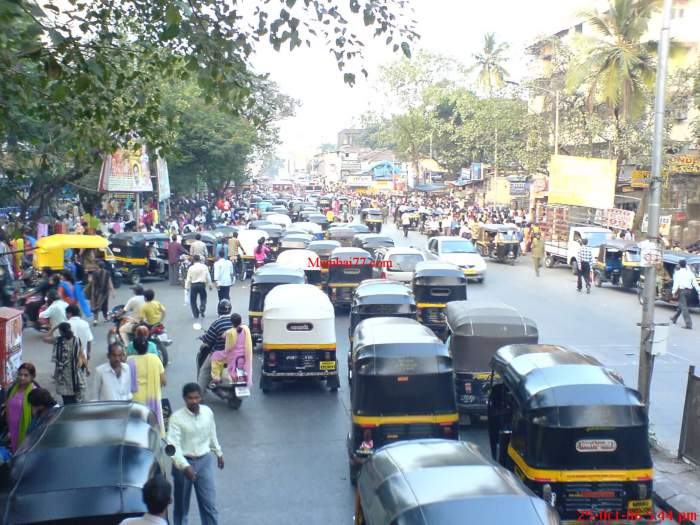 Crowded Shopping at Borivali SV Road