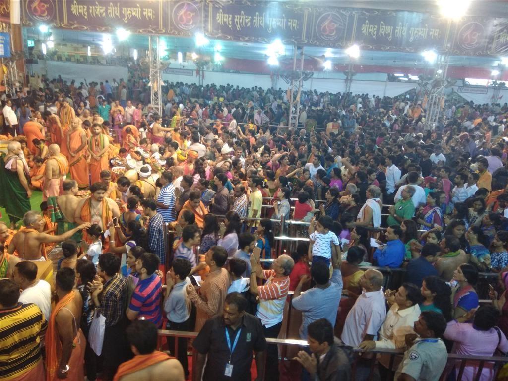 Crowd Inside GSB Pandal