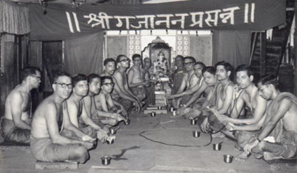 Keshavji Naik Chawl Girgaum 1st