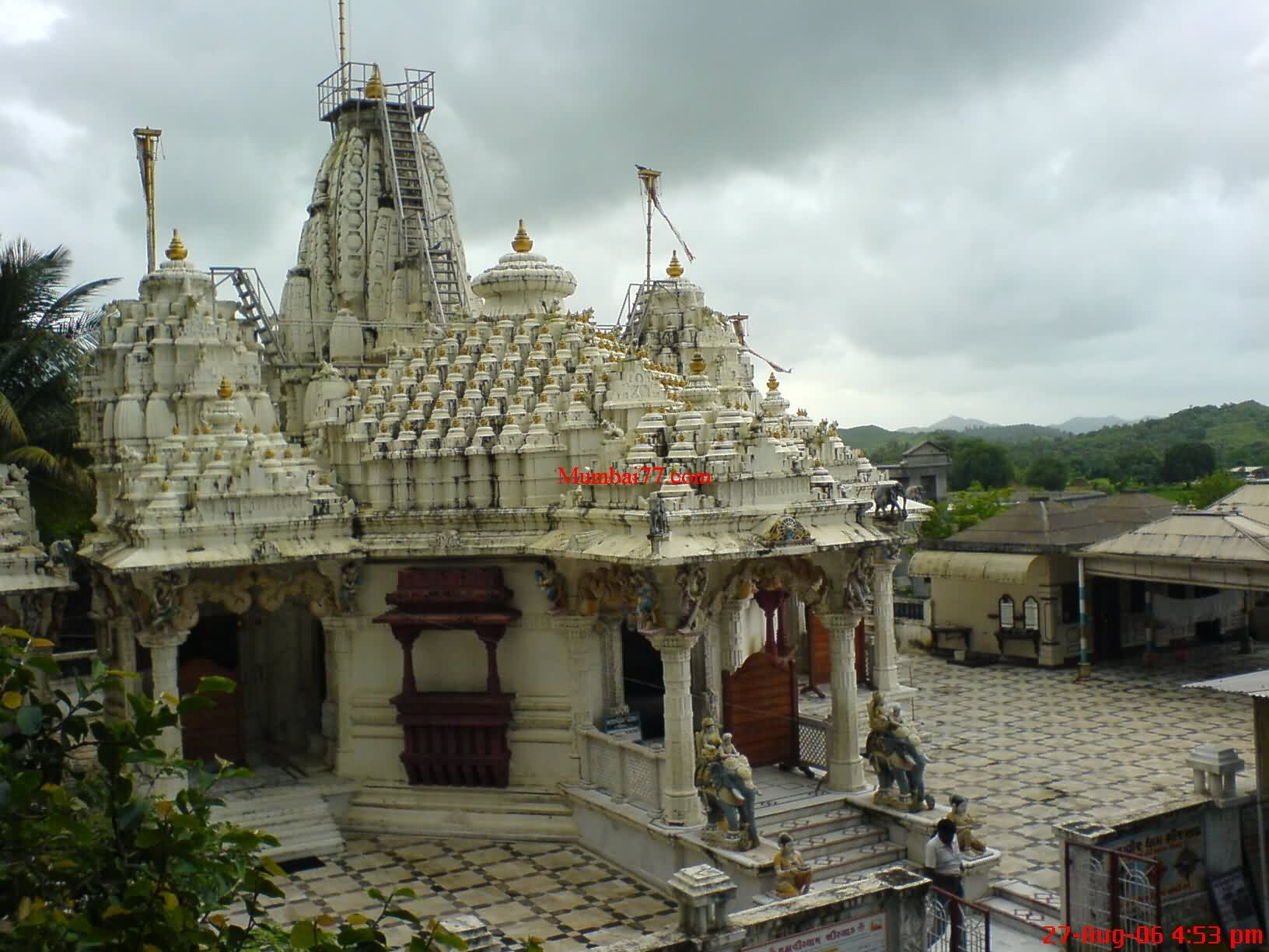 Mahavir Dham Temple