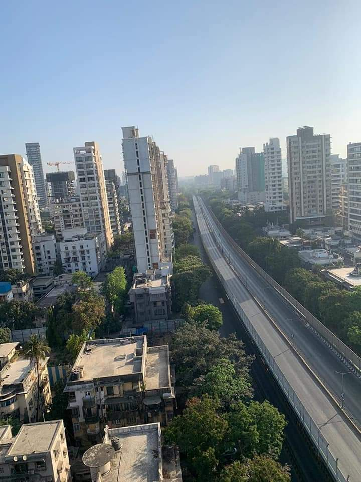 Mumbai Roads During Curfew
