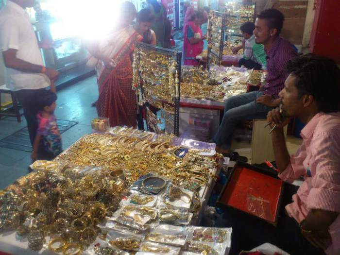 Natraj Market Imitation Jewellery