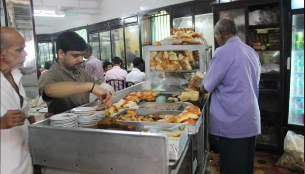 Parsi B Merwans at Grant Road