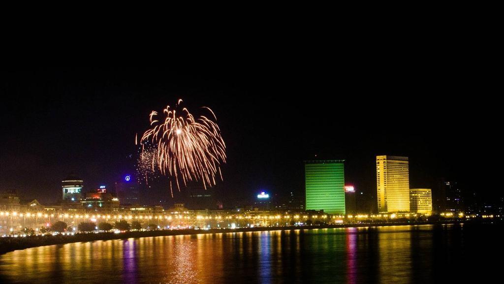 Queens Neckace On Diwali Night