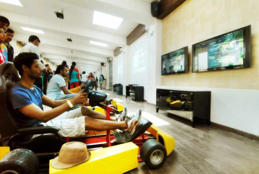 Virtual Racing Car