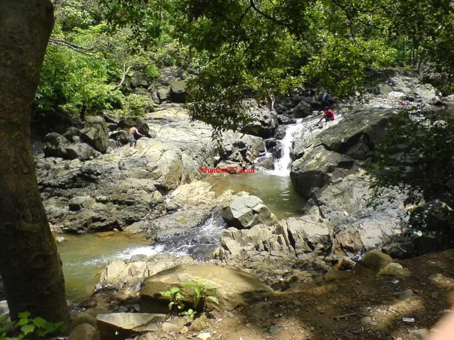 Waterfalls Medium Size