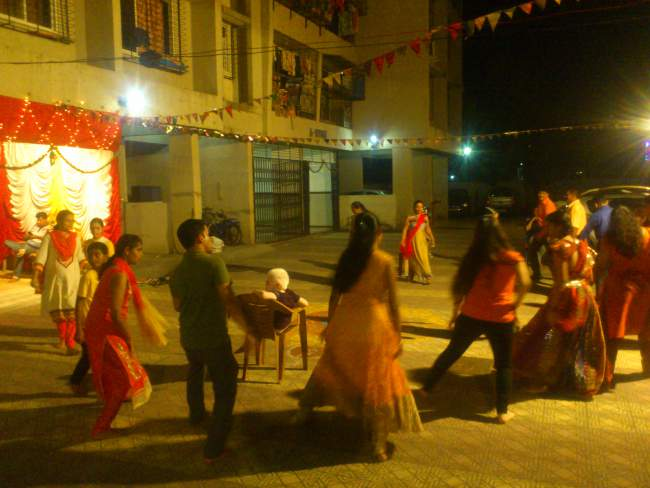 Kinder Garden: Mumbai 9 Days Navratri Colours